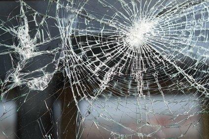 glas reparatur bei gebrochenem glas